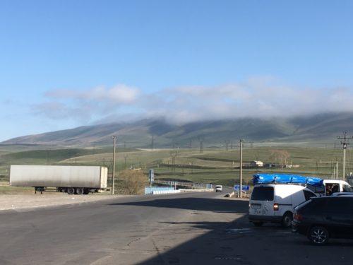 エレバンからトビリシへの風景