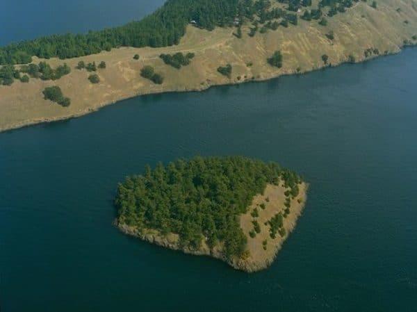 北センチネル島と危険な部族センチネル族|インド洋の島で外部から遮断 ...