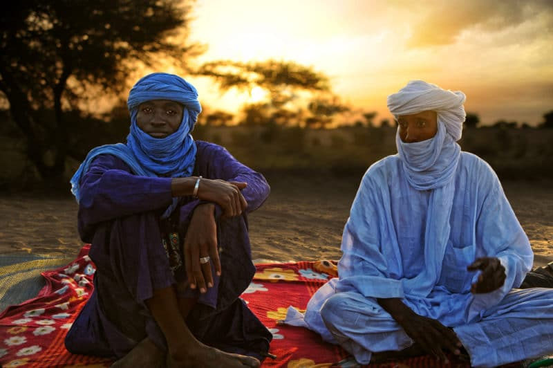 トゥアレグ族|青の民族として知られるベルベル人でサハラ砂漠を中心に生活している民族