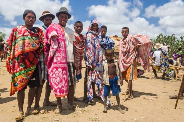 アフリカの民族|数や有名な集団の名前から一覧まで | 世界雑学ノート