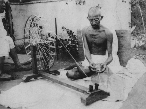 マハトマ・ガンジーとは?インド独立運動の父の生涯と5つの事実 | 世界 ...