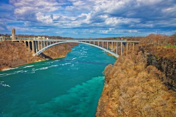 番 1 長い 川 世界 で