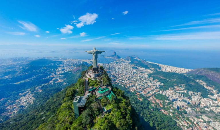 ブラジルの宗教と割合|キリスト教カトリックが歴史的に多数派である